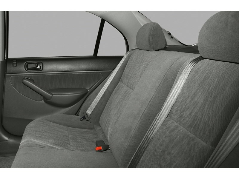 2005 Honda Civic SE Interior Shot 6
