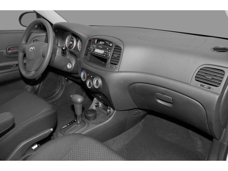 Ottawa Used 2011 Hyundai Accent L Dilawri Used Inventory Display Nobodydealslike Com Kmhcn3bcxbu198648