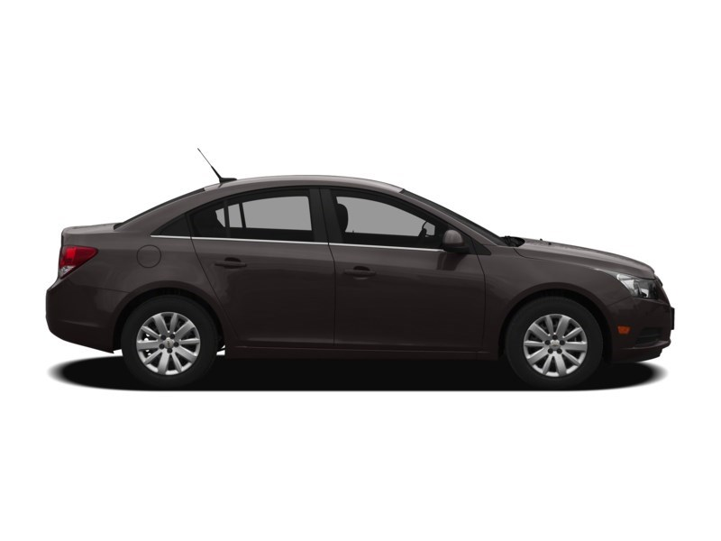 2012 Chevrolet Cruze LT Turbo Exterior Shot 16