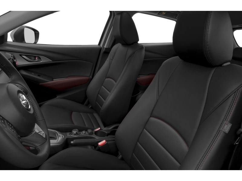 2016 Mazda CX-3 Good things come in small packages Interior Shot 4