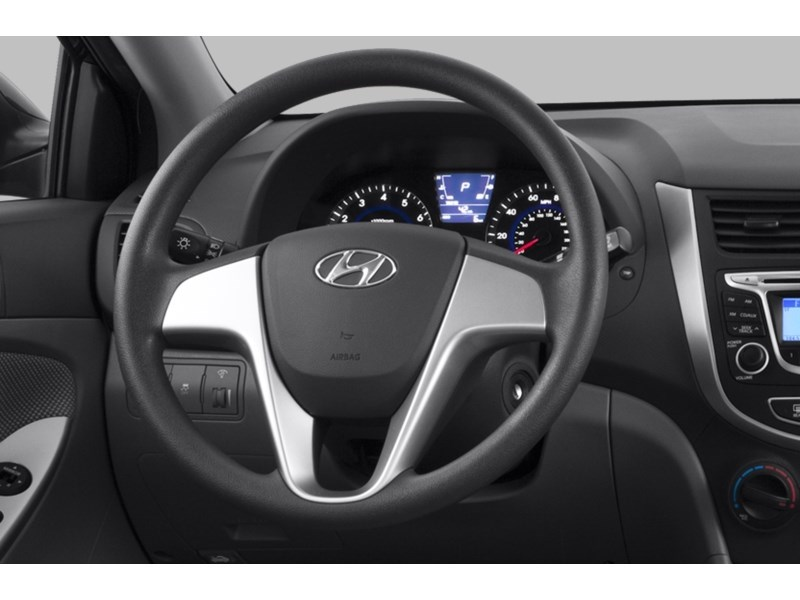 2013 Hyundai Accent GL Interior Shot 2