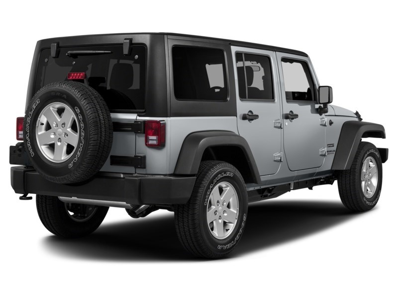 2015 Jeep Wrangler Unlimited Sport Exterior Shot 2