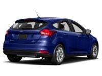 2015 Ford Focus SE Exterior Shot 2