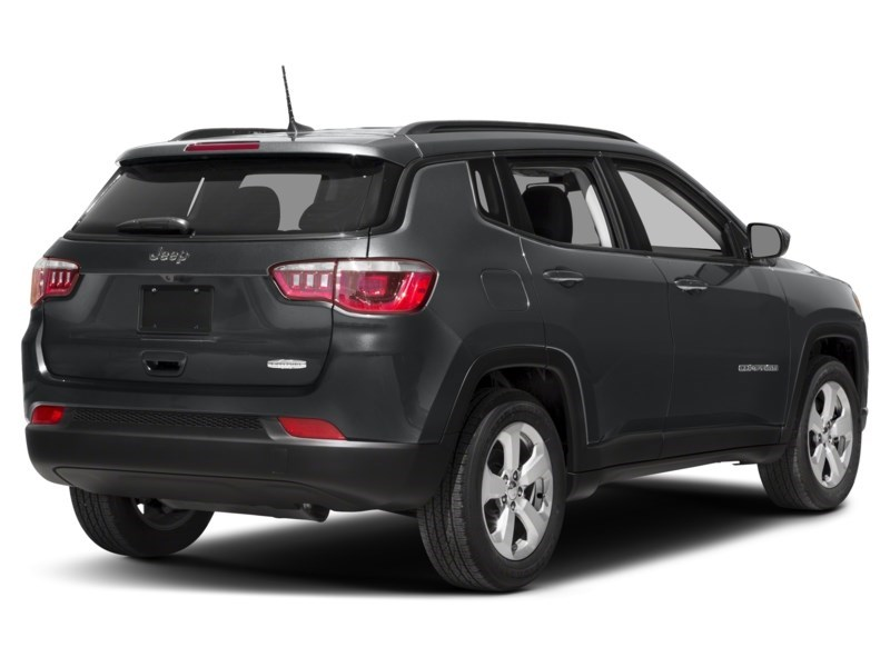2018 Jeep Compass Limited Exterior Shot 2