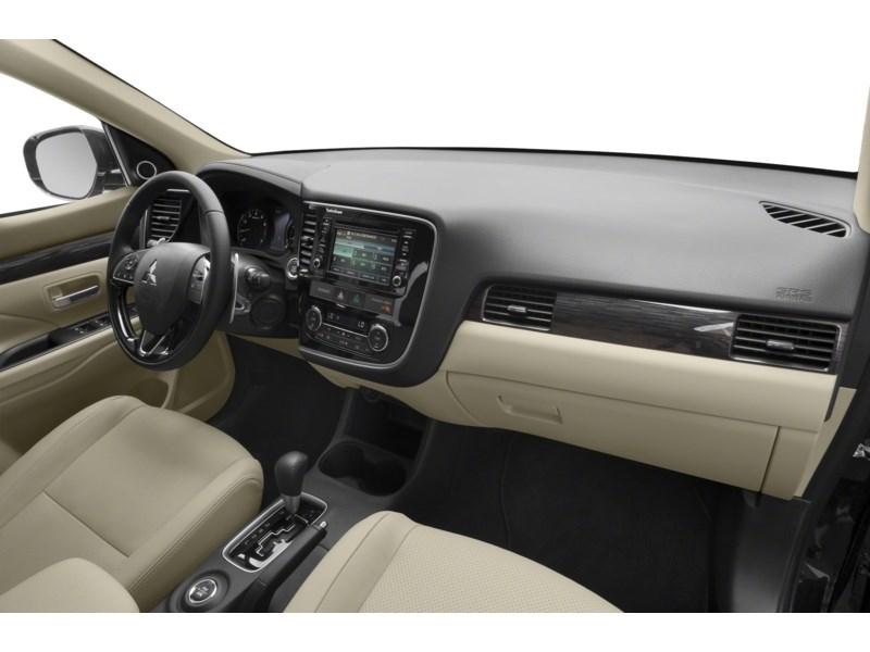 Ottawa Used 2017 Mitsubishi Outlander GT - Dilawri Used