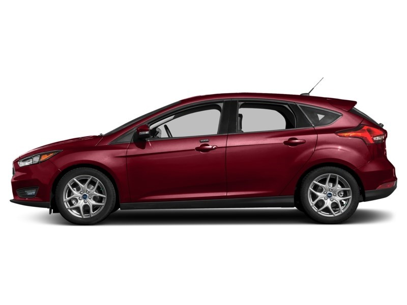 2015 Ford Focus SE Ruby Red Tinted Clearcoat  Shot 3