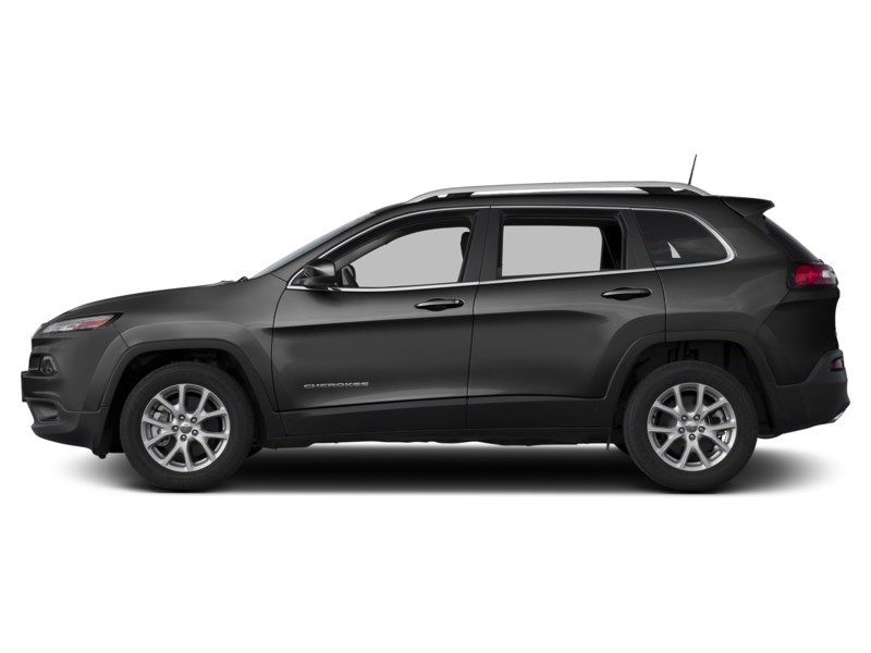 2016 Jeep Cherokee North Brilliant Black Crystal Pearl  Shot 3