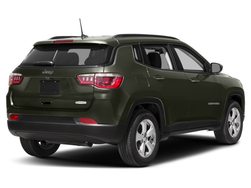 2018 Jeep Compass Limited Olive Green Pearl  Shot 8