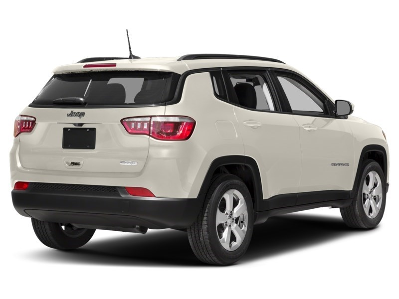 2018 Jeep Compass Limited White  Shot 14